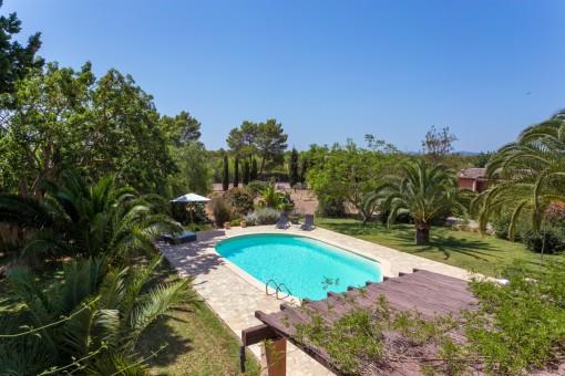 Wonderful, mediterranean pool area