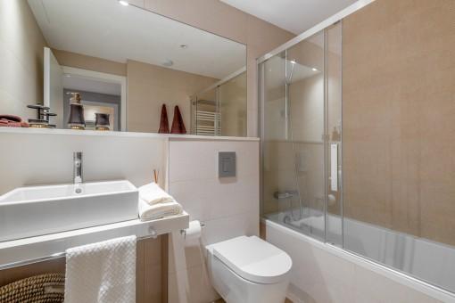Second bathroom with bathtub