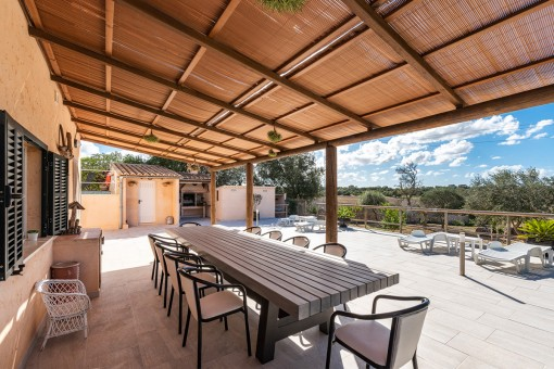Large dining and bbq area