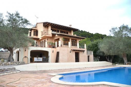 villa in Puigpunyent