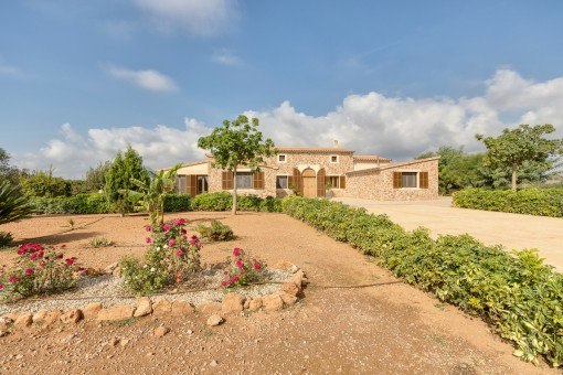 Front view of the mediterranean finca