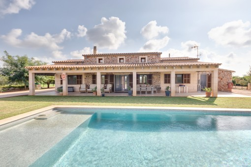 Mediterranean finca with pool near to the coast in Ses Salines