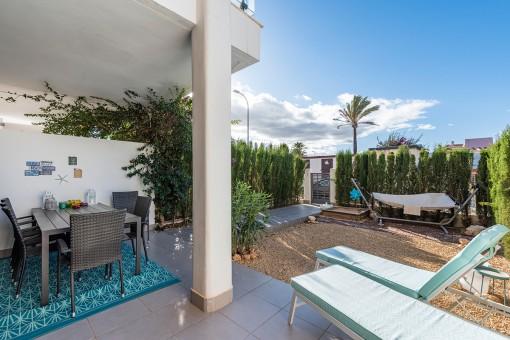 Wonderful terrace with garden