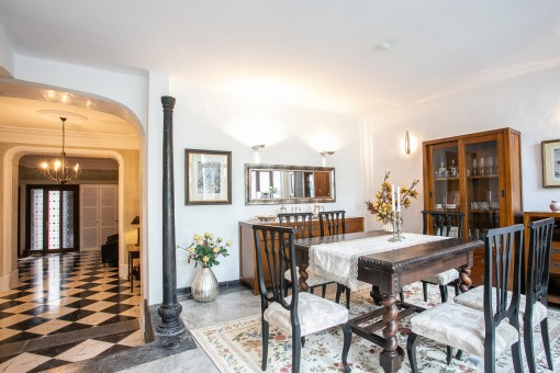Newly-renovated town house in Arta with exceptional charm