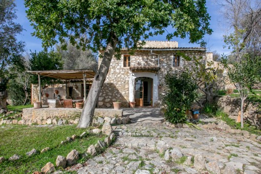 Sleepy, 18th century finca with touristic rental licence in Alaro