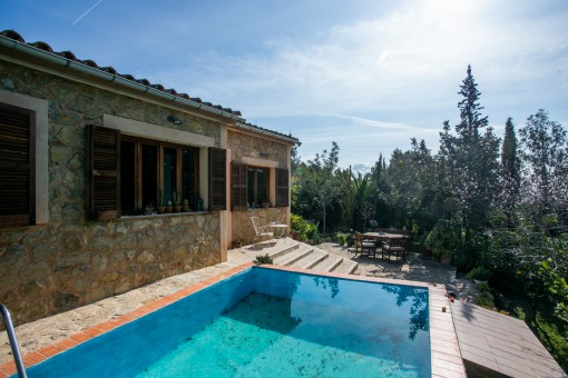 Pool and charming terrace