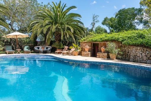 Pool and idyllic sun terrace