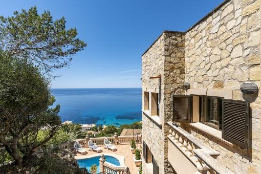 Luxury villa in Cala Llamp with spectacular sea views