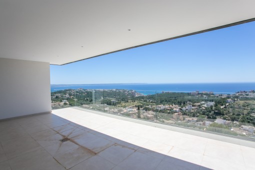 Newly-built garden-apartment in Genova with beautiful views over Palma and the sea