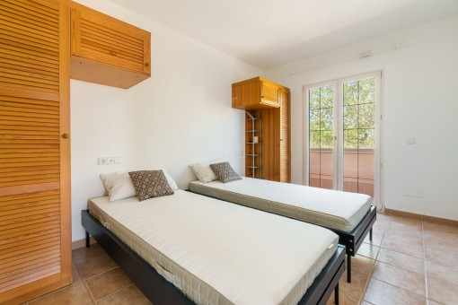 Bedroom with access to the roof terrace