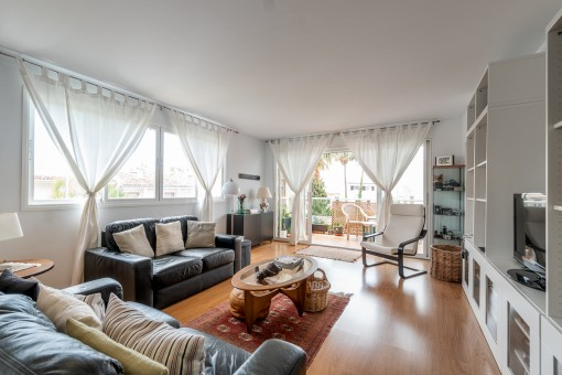Living area with terrace access