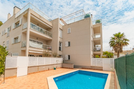 Quietly situated communal pool