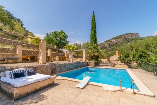 Pool with terraces