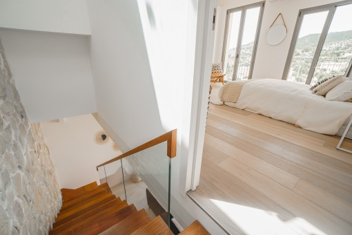 Staircase leading to the bedroom