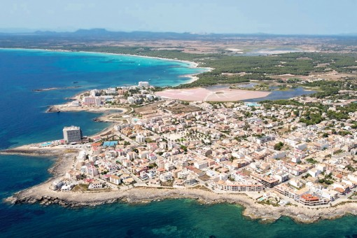 The town from a birds-eye view
