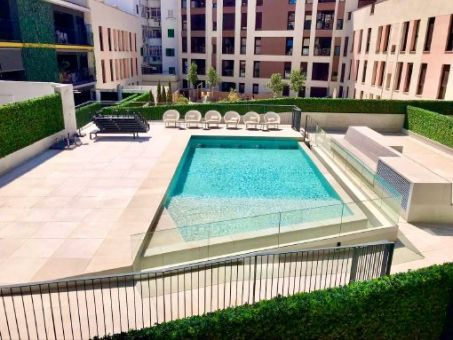 Furnished designer apartment with air conditioning and community pool in Palma's centre
