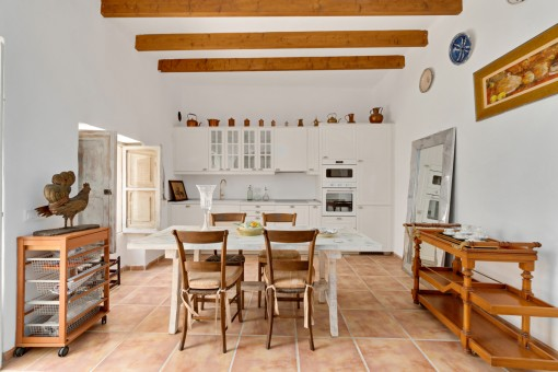 Beautiful kitchen with patio access