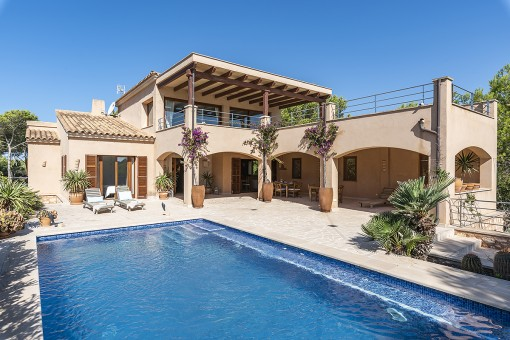 Villa close to the beach on the second sea line in Cala Santanyi with sea views