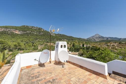Roof terrace with fantastic landscape views