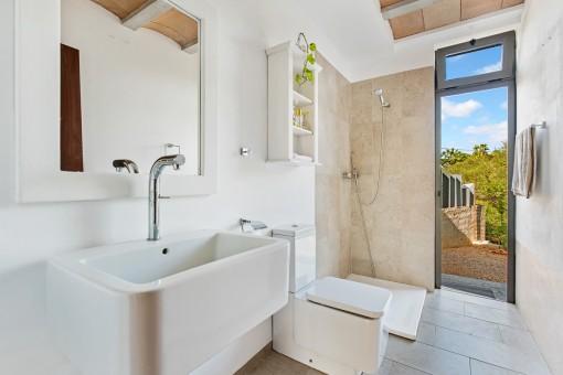 Modern bathroom with garden acess