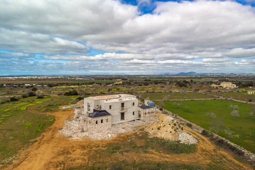 Dream-location, enchanting finca, sea views - the perfect home in Ses Salines