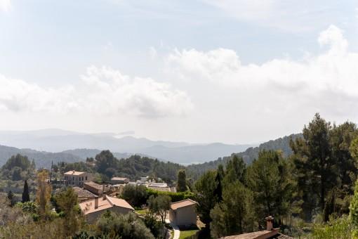 Panoramic views as far as the sea