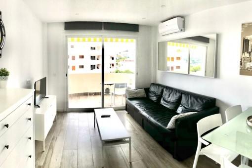 Beautiful apartment in Santa Ponsa with sea view