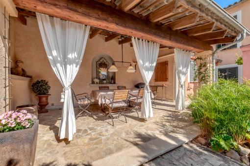 house in Santa Maria del Cami