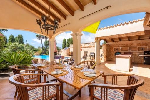 Wonderful outdoor dining area