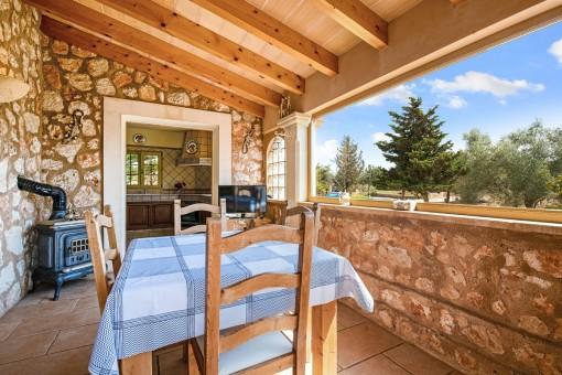 Dining area with panorama window