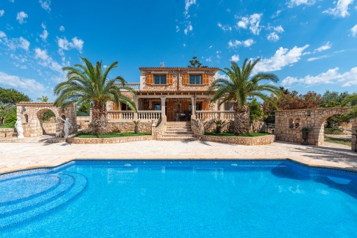 Beautiful pool area and access to the house