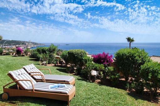 Wonderful, renovated ground-floor apartment with beautiful sea views in Santa Ponsa