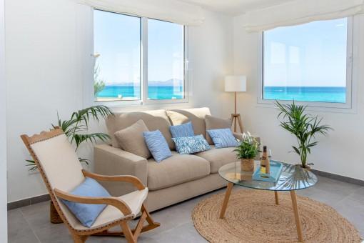 Beautiful sea view living area