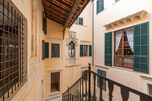 Exclusive newly-built apartment in a manor house from 1810 in Palma's old town