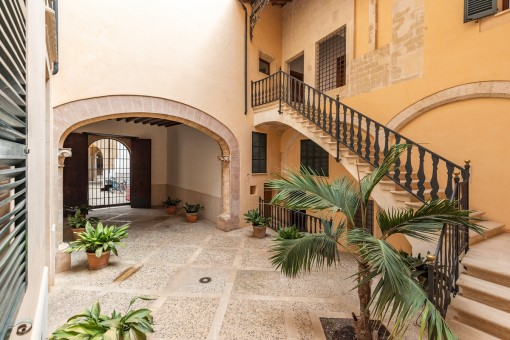 Alternative view of the main patio