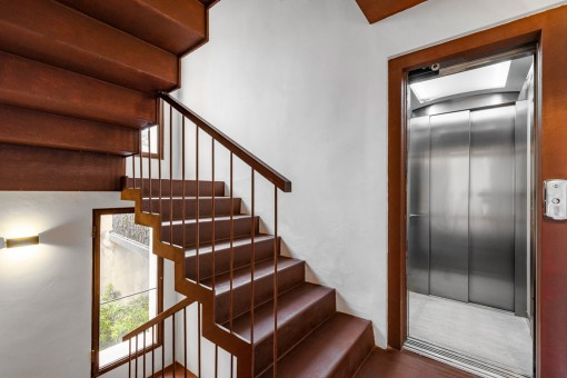 Stairs or elevator to the upper level