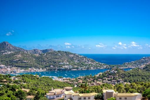 Spectacular panoramic sea views